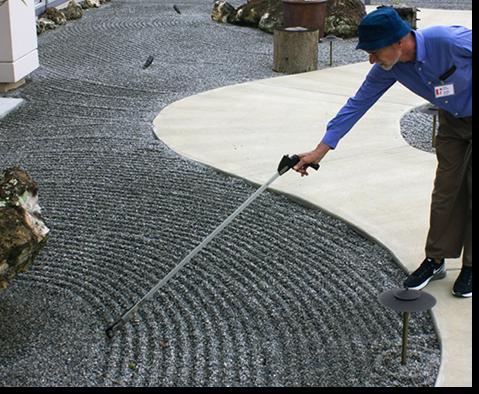 Pushing The Line – A Theoretical Approach to Raking a Karesansui Garden